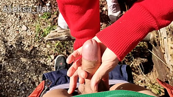 wow petite schoolgirl walk in sikis the woods ends with friend cumshot