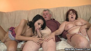 tnxx old parents fuck her as he leaves
