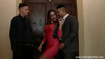 watching my wife gand marna fuck a stranger