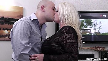 heavy blonde rides his girlsavenue hard meat