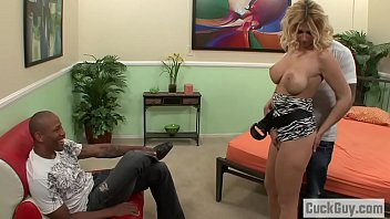 busty brooklyn livehdcams bailey gets fucked in front of her husband