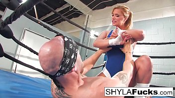 sexy shyla stylez gets some lessons on mma training but then naughty america porn download gives a lesson