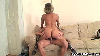 his xxxxporno wife s mom blackmailed him into hot sex