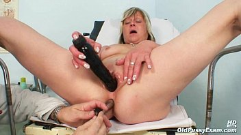 nada visits her gyno doctor for mature mamxxx pussy speculum gyno exam