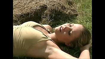 name prone hd video of this movie actress