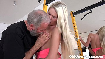 old goes young - martina loved how yoyporn this old sucking her tits