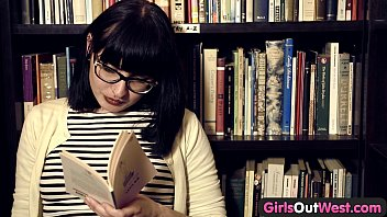 girls teenagers sleeping naked out west - hairy lesbian girls in book store