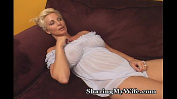 xxnx vidio this older babe is super hot
