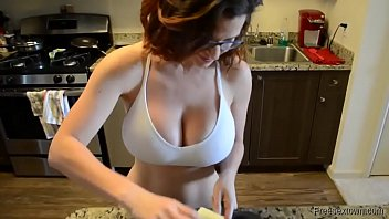 amateur videoup18 sluty milf with big tits gets fucked and creampie