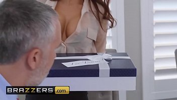 madison ivy keiran lee - the assistant zpornx s affair - brazzers