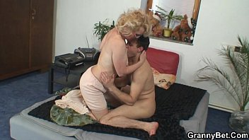 naughty grandma gives redttube up her pussy