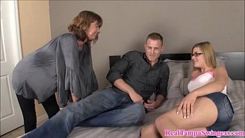 hot xpanux mom teaches her how to suck