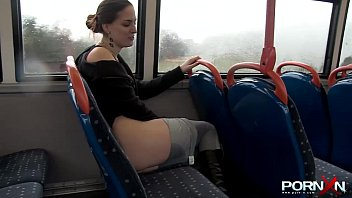 porn xn sexy babe pissing beeg coom in public