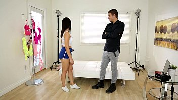 valentina nappi plays with the hot chicks getting raped photographer - prettydirty