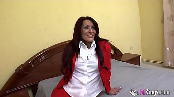 english and german teacher a 36 years old mujeres desnudas mature from barcelona. rebeca bardem and her first lesson