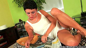 mom will make you porno lesby blow your load