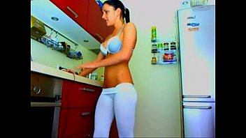 xcamgirl69s.com angie in tight leggins twiggy tallant nude on cam