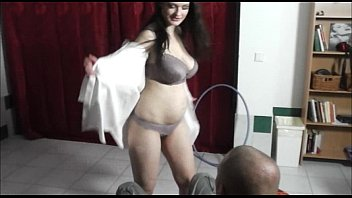 girl onlain film with enormous tits gives lapdance and bj