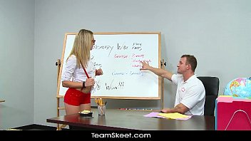 sexy video free downloding innocenthigh young blonde schoolgirl bailey blue classroom sex