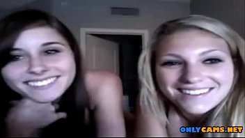 2 young p0rn teens showing off on cam - onlycams.net