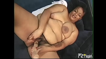 xvudios mature bbw with lactating tits satisfy her hairy pussy with fingers and adult toys