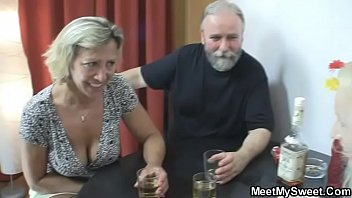srviporno perverted parents fuck his girlfriend
