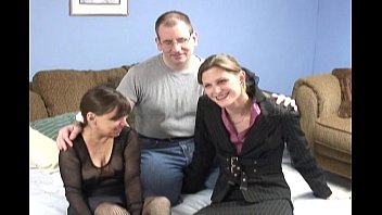 couple pirnhub and young mistress
