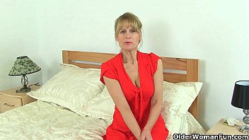 british milfs ila jane and lelani can t sexpicture resist their pussy
