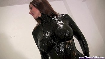greased and porno kino oiled mindi mink wet and messy