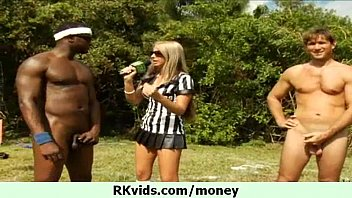 pornzot blowjob and pussy fuck for money 21