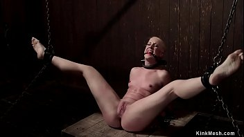 blonde sleazydream is machine fucked in device