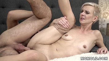young xnxeoxx72 full movie 2015 cock filled mature pussy