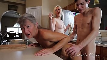 freeze n shut up - nude live sex threesome roleplay