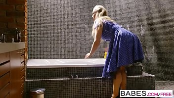 babes - step mom lessons - sneaky boy starring yourpon ella hughes and rebecca moore and sam bourne clip
