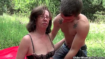 granny gets sex vidiyo her asshole invaded outdoors