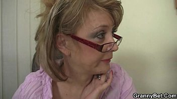 office lady is sexy pregnant video him fuck her hard