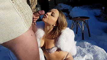 hot fuck in the cold snow blowjob reverse cowgirl doggystyle and las petardas pussy creampie in the fur coat