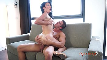 milf brunette with big tits kate capshaw nude - mademoiselle justine