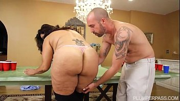 bbw milf sofia rose beverly d angelo nude plays beer pong for sex
