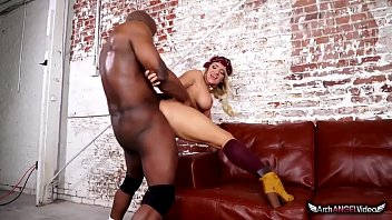 cali carter hannah palmer nude in her first interracial sex