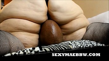 sexymaebbw.com face sits rebtude and smothers