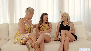 busty porrn blonde milf attracted to mature friend s step daughter - christie stevens athena faris ryan keely