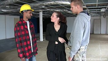 video za ngono 3some on the dutch construction site
