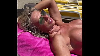 marina beaulieu 59 years old playing gonzo x movies with dildo in south france