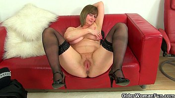british milfs sexy p and sexy picture dikhao april feel so naughty today