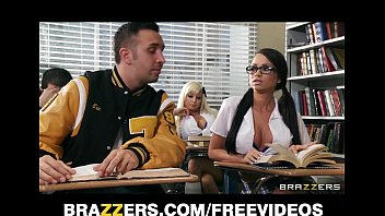 two competing schoolgirls yuopor start a classroom threesome