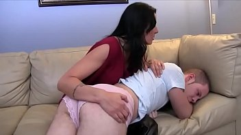 mom xvideo4 and son