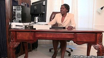 office grannies amanda and penny strip cnxx off and play